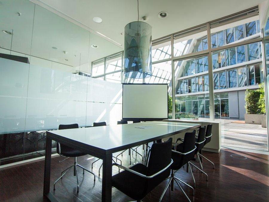 konferenzraum hamburg mieten sehr zentral in hamburg bbcc. Black Bedroom Furniture Sets. Home Design Ideas